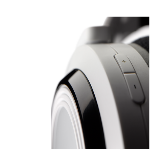 K 935 - White - High performance digital wireless stereo headphone optimized for movies, games and music - Detailshot 1